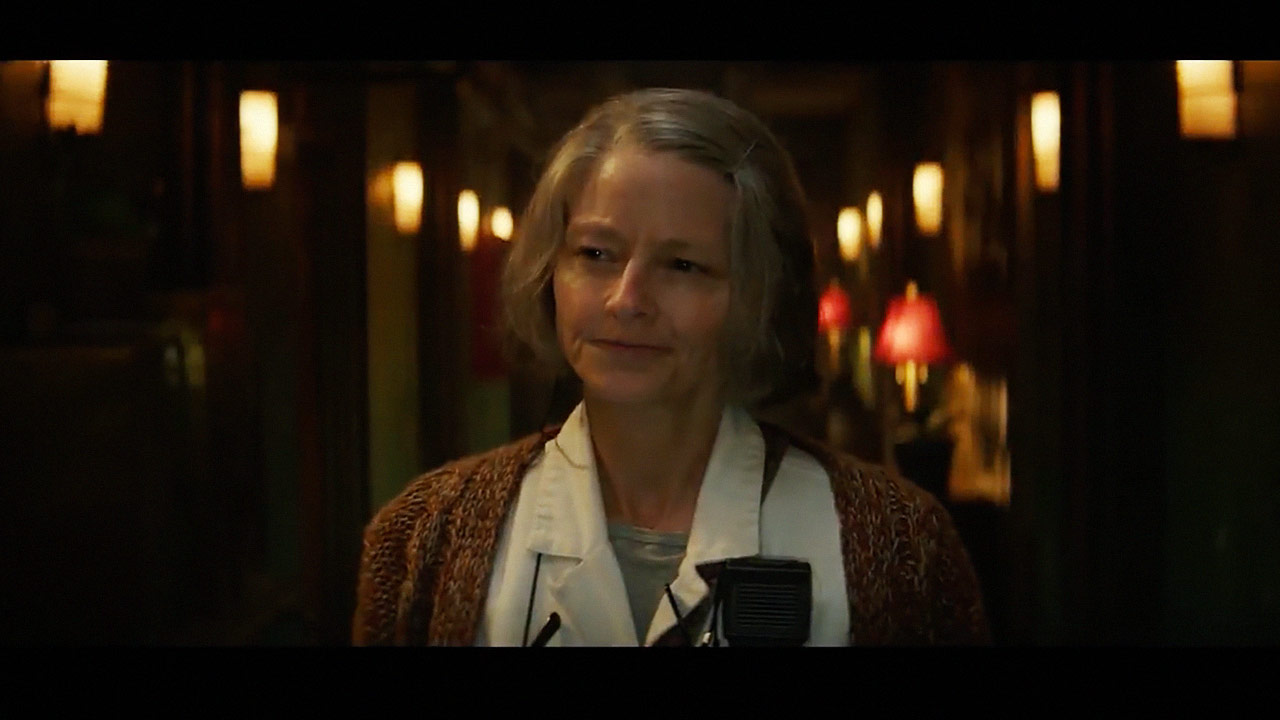 watch Hotel Artemis Trailer