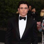 Richard Madden eyes Bond role