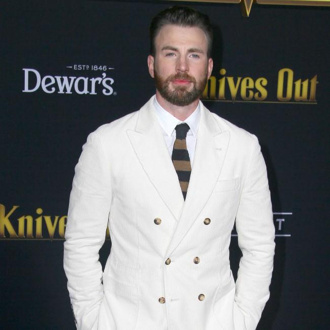 Chris Evans begged for Knives Out role
