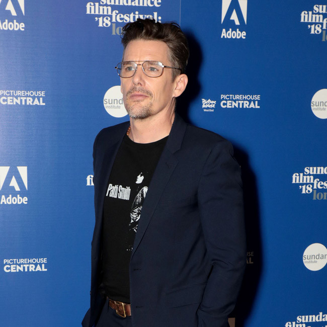 Ethan Hawke to star in war film Zeros and Ones